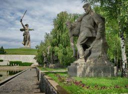 Волгоград в тройке самых желанных городов на Волге для путешествий