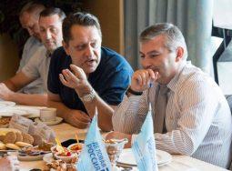 Волгоградские делороссы позавтракали с главой города