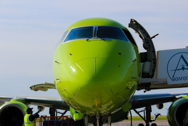 Первый рейс из Новосибирска приземлился в Волгограде