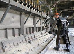 ВгАЗ увеличил выпуск продукции с высокой добавленной стоимостью